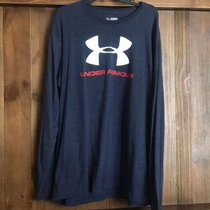 Under Armor long sleeve t-shirt